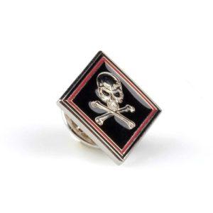 Skull & Crossbones Pin