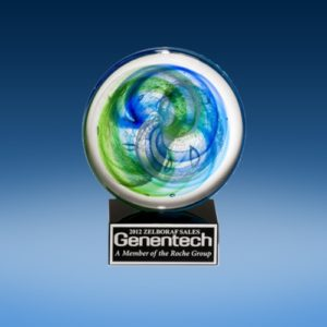 Blue/Green Accent Art Globe Award